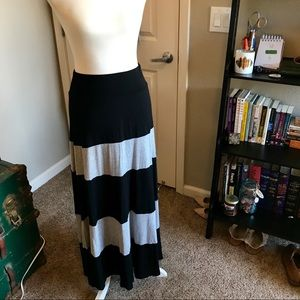 Color Blocked Maxi Skirt